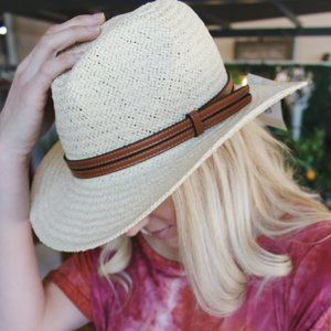 Beach Days Panama Hat w/Faux Leather Band-Natural